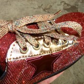 *** 2 часа*** Классные качественные кроссовки-кеды, размер на выбор, сверкают