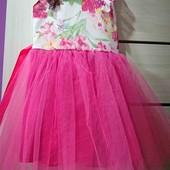 Очень красивое платье, повязка в подарок!