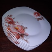 Тарелки квадратные-Розы -6 штук,размер 20*18см