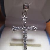 Нарядный кулон-крестик, серебро 925 пр. с камнями-новый с биркой