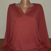 """Очень красивая качественная блуза """"Qiero""""р-р 52/54"""
