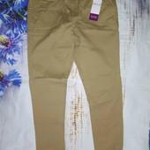 Kiabi брюки чинос 12-14  фасона slim из ткани стретч