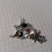 Кулон сова ушастик с белым кристалом. Новый