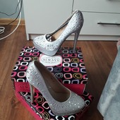 always 3пари нових туфель