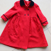 Шикарное шерстяное пальто для маленькой леди