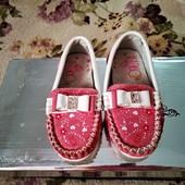 Туфли на девочку, качество супер! Размер 22