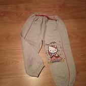 Стоп! Супер спорт. штаны для девочки.на футере. Рр. 98-104.новые.с китти