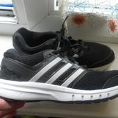 Кроссовки Adidas оригинал состояние отличное