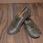 Летние кожаные туфли размер 32, стелька 20 см.