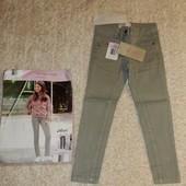 стильные джинсы на девочку от Alive.