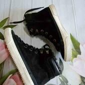 очень красивые ботиночки ( деми)