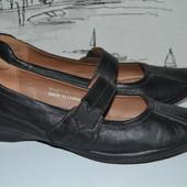 Зручні туфлі 40 розмір