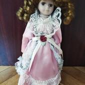 Колекційна фарфорова куколка