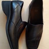 Отличные ,добротные туфли на осень,размер 37