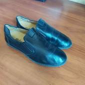 Туфли кожа школьные р40 стелька 25,5 до загибов