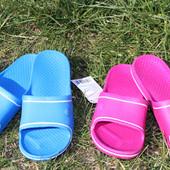 Женские резиновые тапочки, отличный вариант на лето, размер 37
