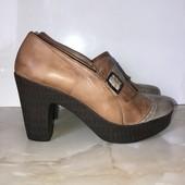 Полностью кожаные туфельки на легкой пенной подошве, стелька 25,5 см