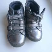 серебристые кожаные высокие кроссовки ботинки р-р евро 29, стелька 18.5см