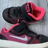 Кроссовки Nike оригинал в отличном состоянии 23,5 размер стелька 14 см