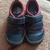 Полностью кожаные туфли, кроссовки р.24