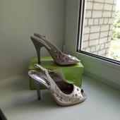 Шикарные босоножки на каблуке, фото реальное