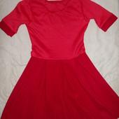 Красивые платья на любой праздник р.134-140 Одно на выбор.