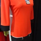 Красивое платье с рукавами, 2-цветное, с молниями, весна. Р.s красное, р.м - белое.1 в лоте.Супер!