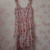 очень красивое легкое платье на пишние форми ПОГ 65, тянеца до 75