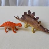 Любителям динозавров. Одним лотом.