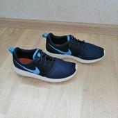 Фирменные кроссовки /Nike-100 оригинал /39-40размер!