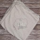 Белоснежное одеялко-плед для малыша,можно на выписку или крещение
