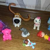 8 игрушек одним лотом