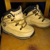 Классные кожаные ботинки для маленьких модников фирмы Firetrap,размер 19,состояние новых