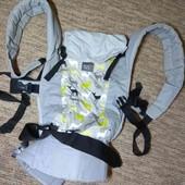 Фирменная Кенгурушка Эрго-рюкзак. на малыша от 7.5 до 18 кг.