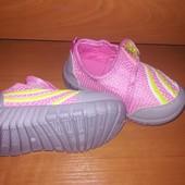 Кроссовки для девочки,на липучке. Размер 19, стелька 13.5