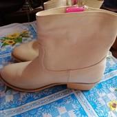 Полусапожки кожзам, бренда Kayla shoes, р. 40,ст. 26см изнутри.