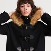 Теплое пальто дафлкот в отличном состоянии!!! Цвет темно-синий.