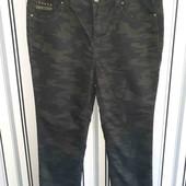 Камуфляжні джинси в стані нових M&S,розмір44(пот45-48,поб54-60)