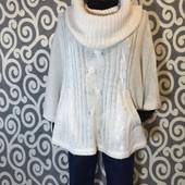 Шикарная, вязаная, тёплая кофта-пончо H&M Divided с объемным хомутом для стильных модниц.