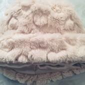 Шапка тёплая, кремовая с рукавичками 1-3 года