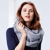 Красивая шаль-снуд для создания стильного образа Tchibo Германия, размер универсальный
