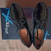 Туфли женские, кожаные, лаковые Респект. Состояние новых!