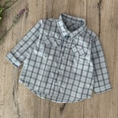 Рубашка на мальчика 6-9 месяцев. В отличном состоянии.