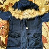 куртка - пуховик , на холода ..на 6 років
