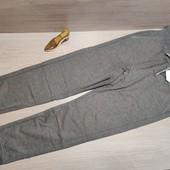 Спортивные штанишки для девочки! 146 рост! 429 грн по ценнику!