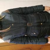 Куртка на холодную осень, на девочку рост от 146 до 158. Состояние новой.