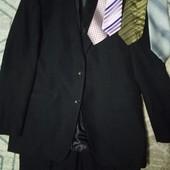 Пиджак и брюки размер 48-50