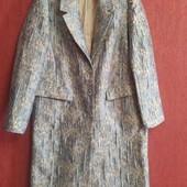 Стильное демисезонные пальто плащ из фактурной ткани H&M