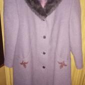 Пальто зимнее женское почти новое
