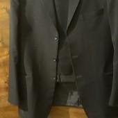 Продам мужской костюм 54 размер